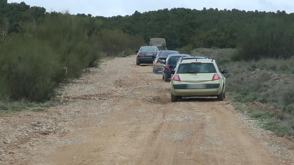 Escoltados por el Ejército para salir del Alfocea