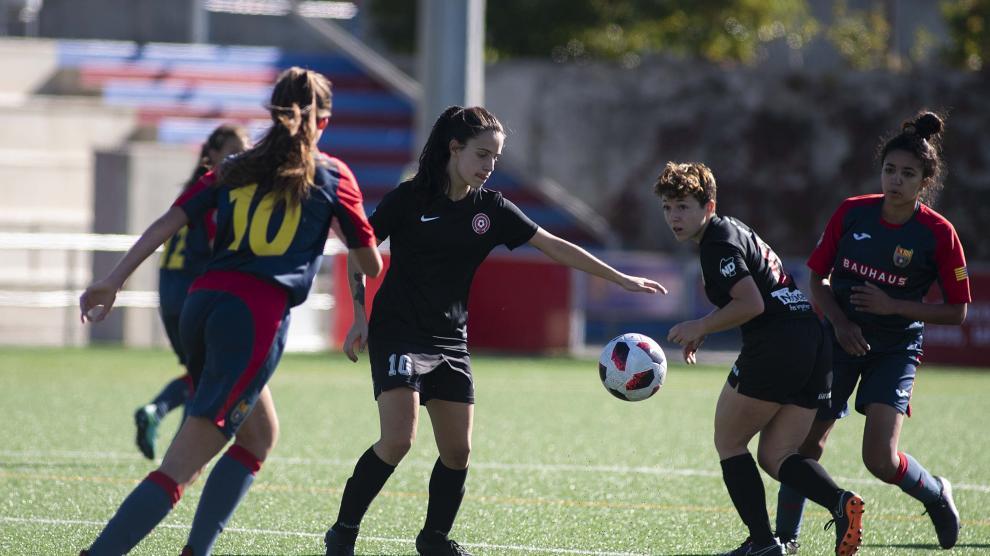 Fútbol. Segunda Femenina Oliver vs Mulier