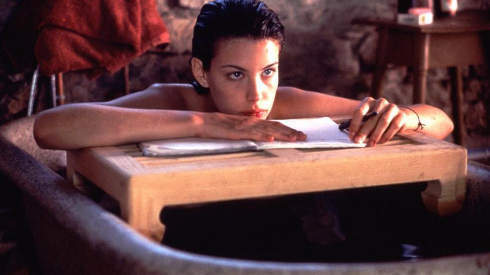 'Belleza robada', (1996) su versión sobre el mito fílmico de la educación sentimental