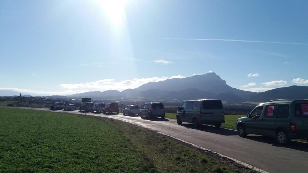 8-M en el Pirineo: caravana de mujeres rurales en el valle de la Solana.