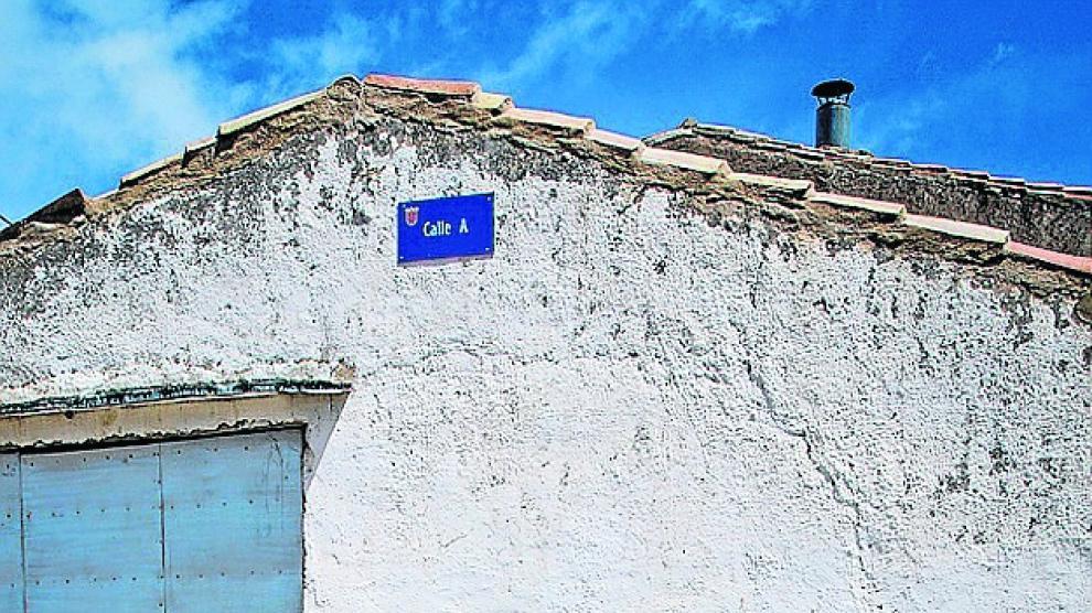 En una semana, Miguel Polo sustituirá a José María Hernández al frente de la alcaldía del municipio. En esta localidad,  rodeados por campos de cereal, varios foráneos han encontrado su sitio