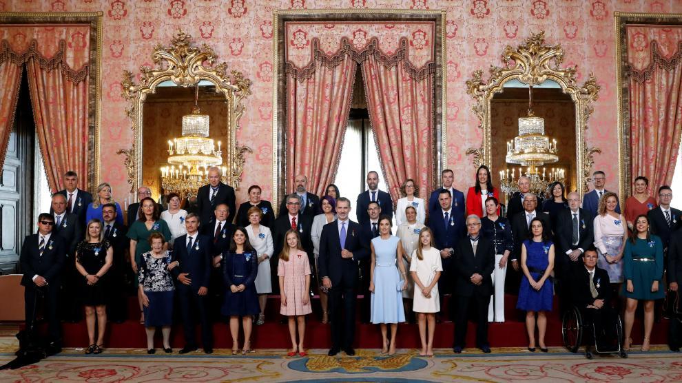 Los Reyes entregan las medallas al mérito civil en el quinto aniversario del reinado de Felipe VI.