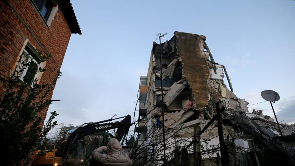 Varios muertos en Albania en el peor terremoto registrado en décadas