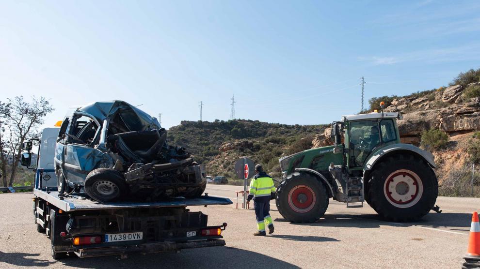 Accidente en la A-230 en Caspe