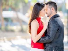 """José Ron y Eva Cedeño protagonizan """"Te Doy La Vida""""."""
