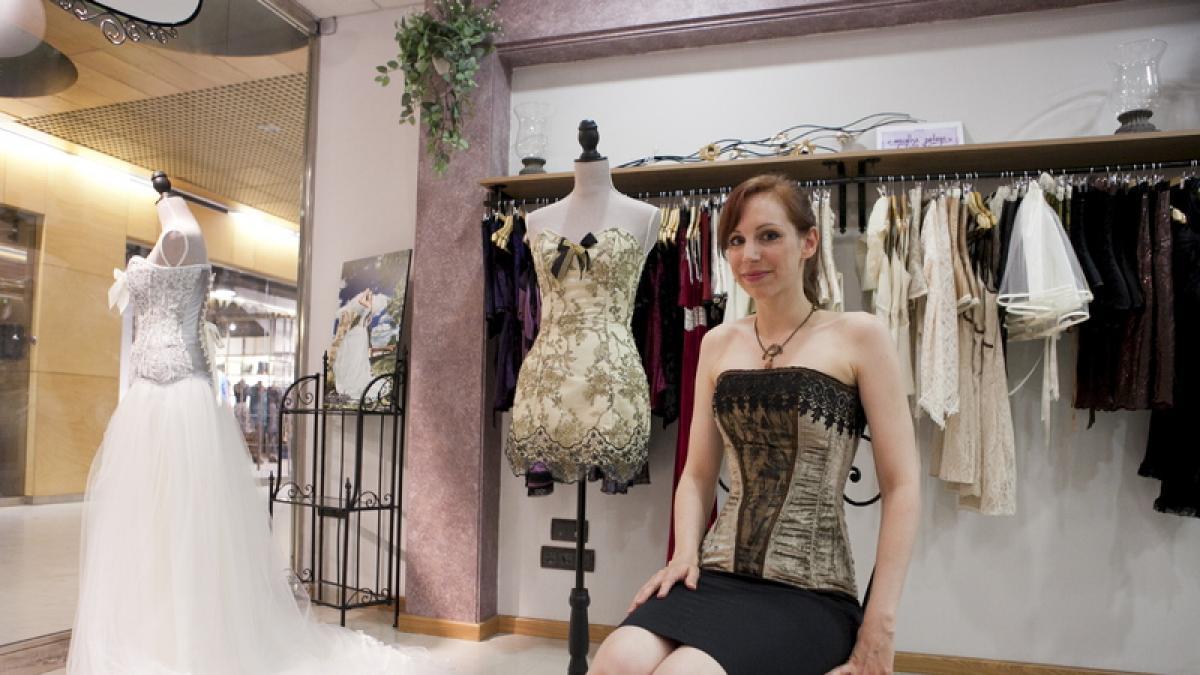 4500d89e12 Martha Peters propone una vuelta al corsé en su colección 2014 para novias