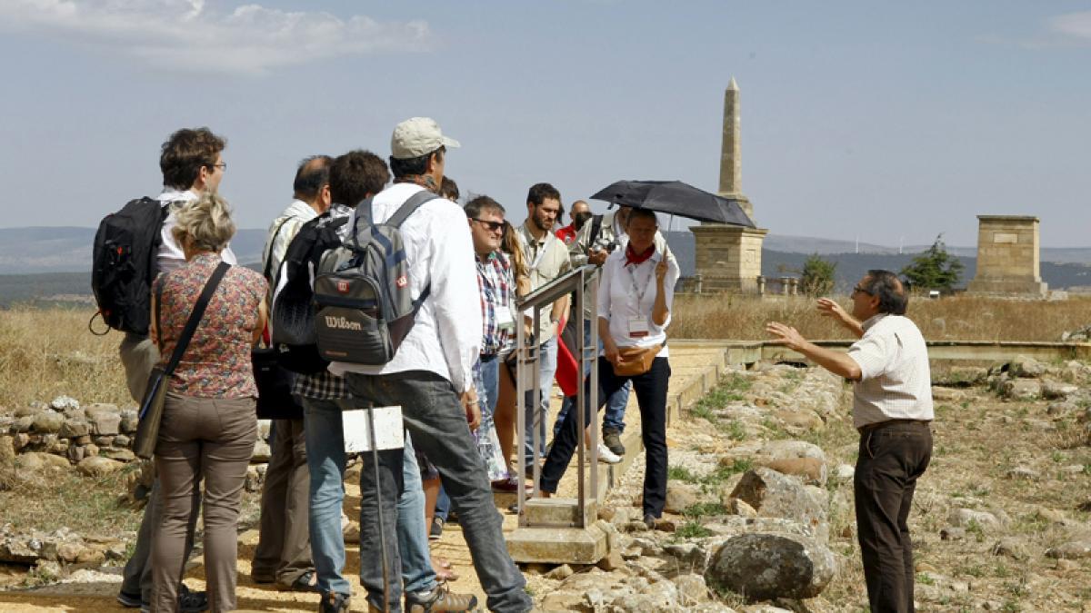 Atapuerca relevará a sus 3 codirectores y prevé un verano