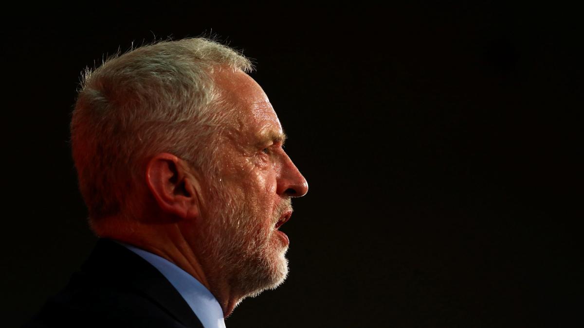 Corbyn anuncia que defenderá un nuevo referéndum del 'brexit'
