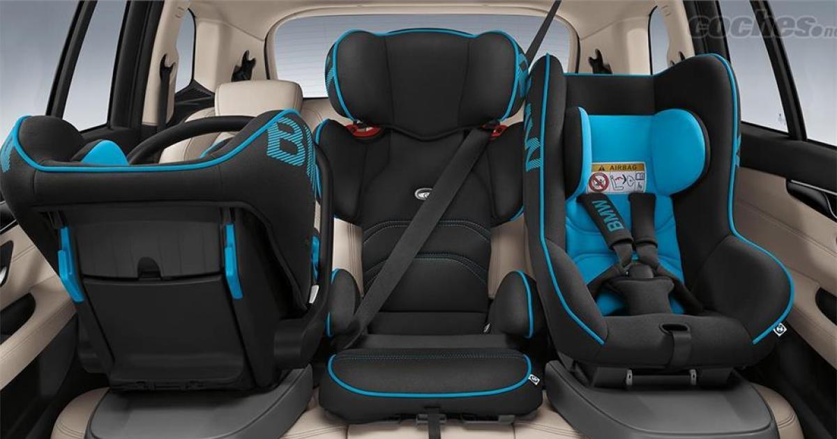 Hasta cuándo tienen que llevar silla los niños en el coche