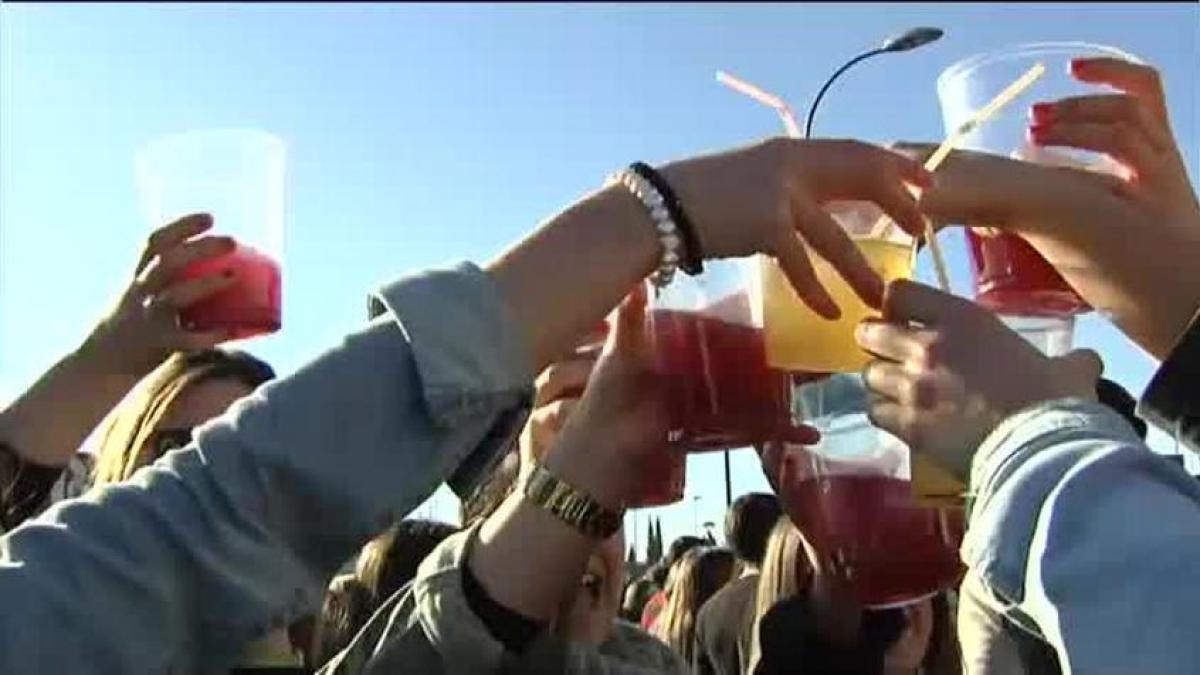 El consumo de alcohol y tabaco se reducen en Aragón, pero aumenta la ludopatía