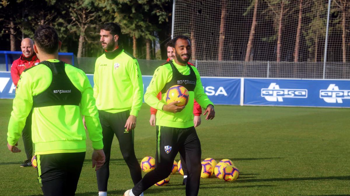 Dónde ver el Huesca - Betis en televisión y en directo online a46453704268b