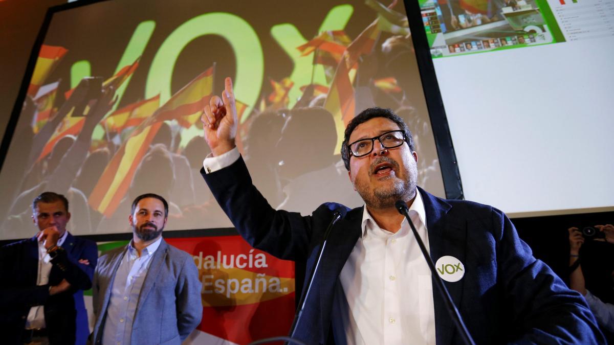 """Vox alude a """"irregularidades"""" para defender la petición de la lista de trabajadores"""