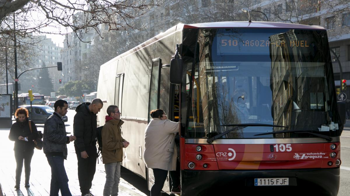 Los viajeros del bus del entorno de Zaragoza aumentan por ...