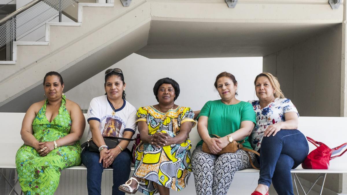 Las empleadas del hogar crean una red nacional para reivindicar sus derechos
