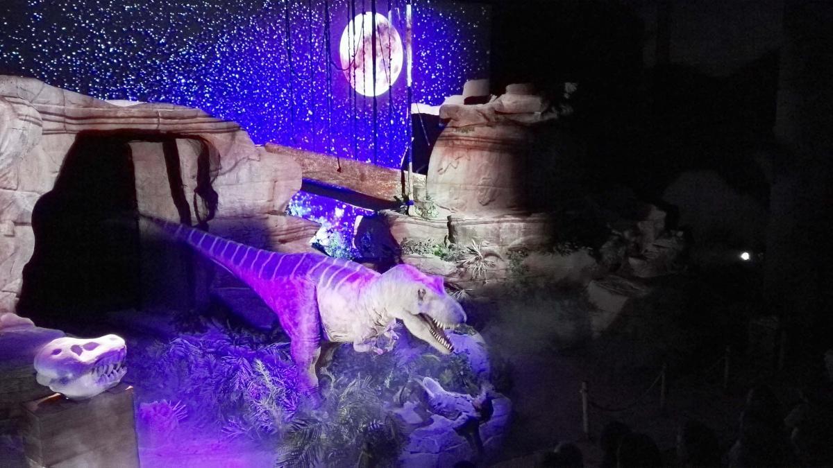 Dinópolis presenta su nuevo 'T-Rex Show'