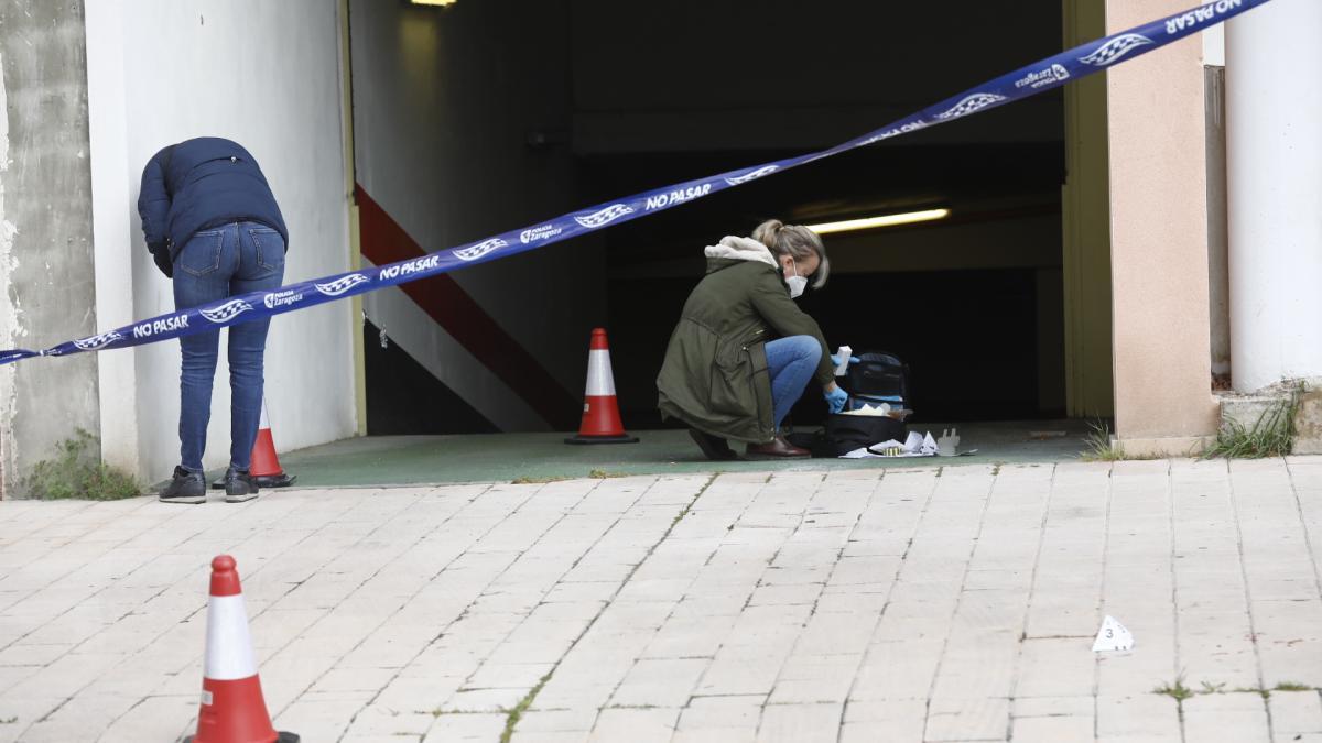 Un hombre recibe varios disparos de balines al salir de su garaje en Zaragoza