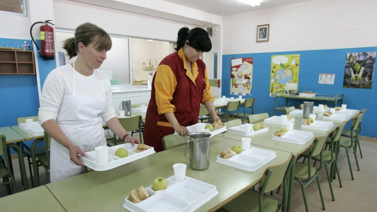 El Gobierno destina ocho millones a becas de comedor y de libros de ...