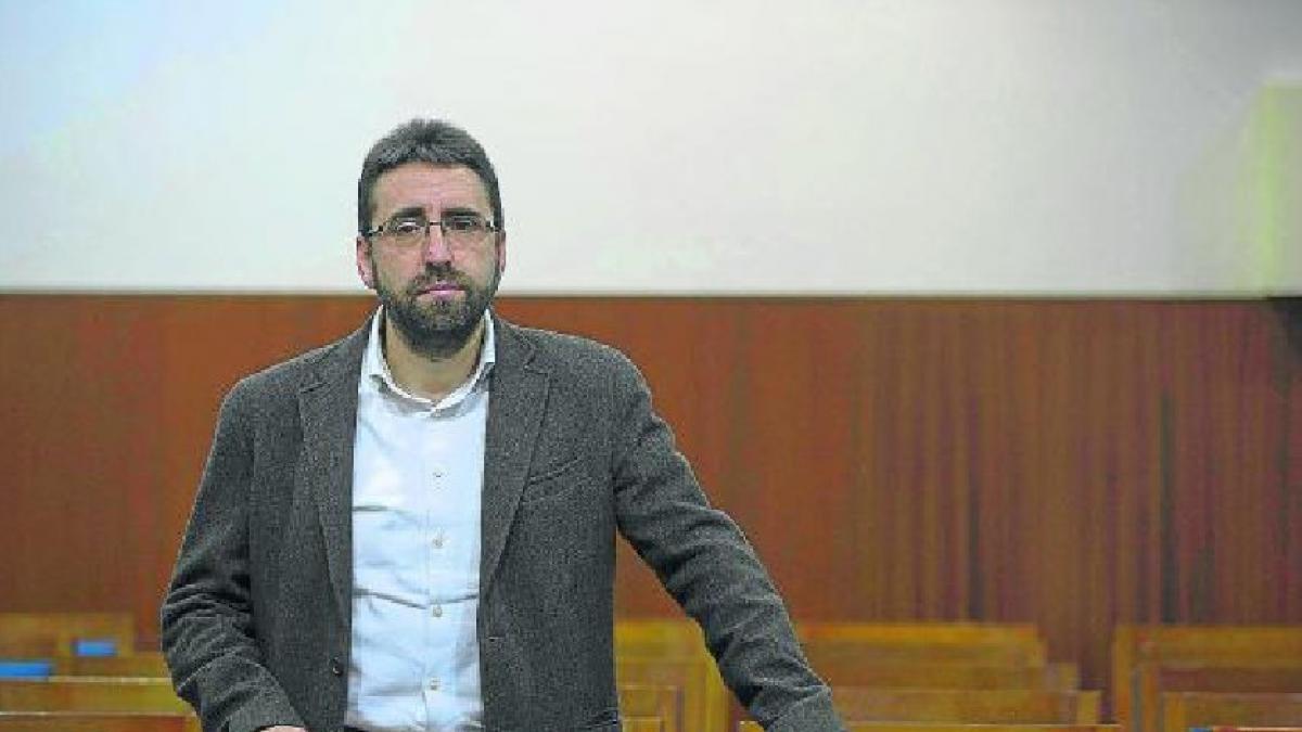 bfc259317 Luis Oriol, decano de la facultad de ciencias: