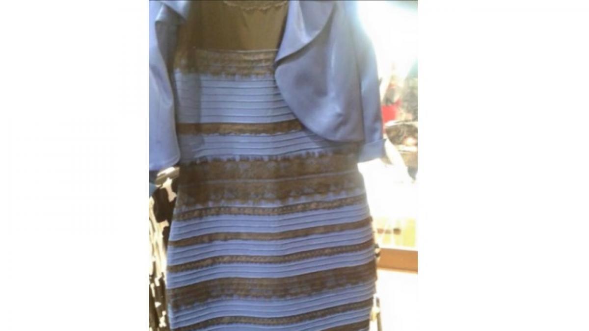 Conclusion del vestido blanco con dorado